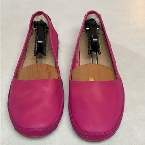 Ugg hot pink flats size 9.5